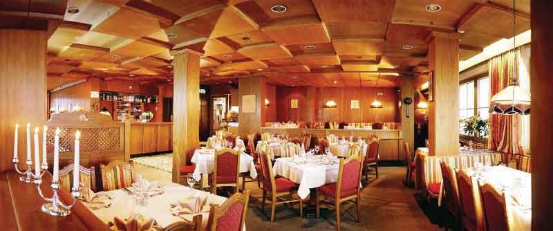 Hotel Austria, Niederau, The Wildschonau Valley, Austria - Restaurant.jpg